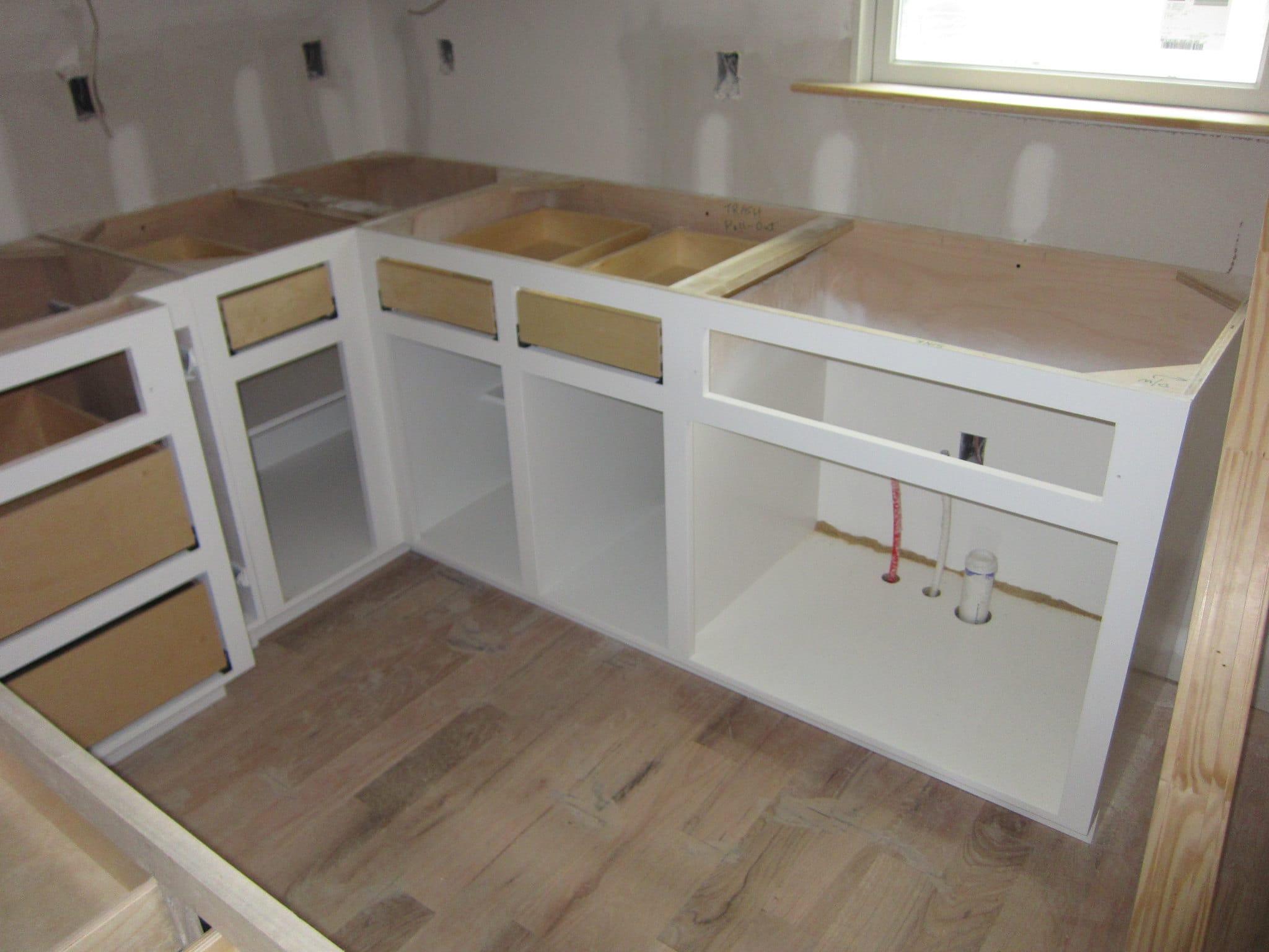 3 Ways We Repair Kitchen Cabinets